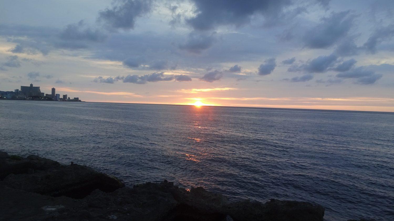 Закат в Гаване
