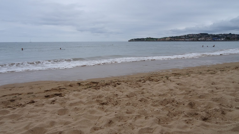 Пляжи... Пляжей много не бывает
