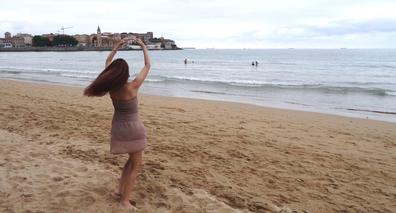 Настроение - танцевать на пляже!