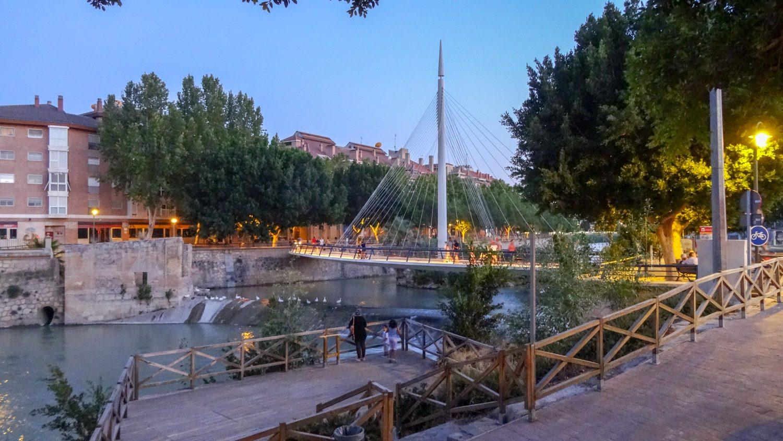Parasela de Manterola - еще один симпатичный мост, а рядом - смотровые площадки