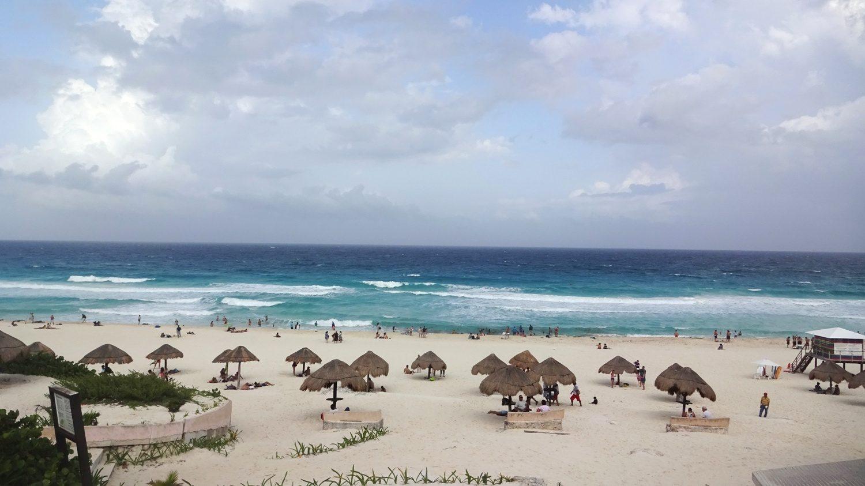 Просто общественный пляж... Мечта!