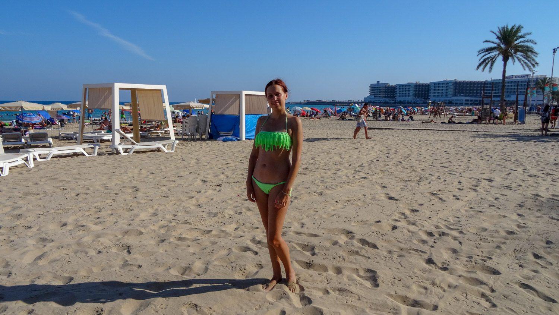 В июле в Аликанте очень жарко! Наконец-то купаться!