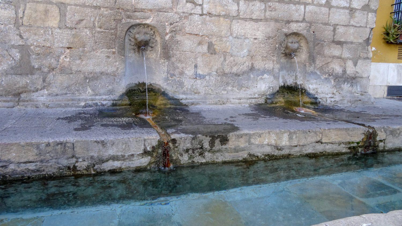 Старые фонтанчики
