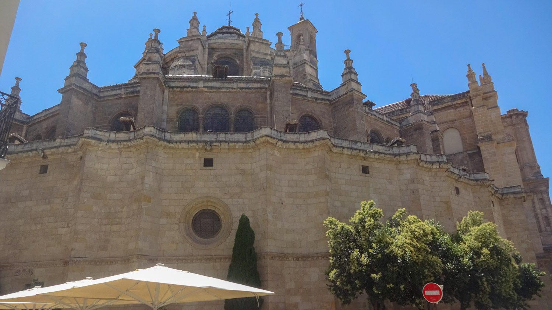 Гранадский собор огромен и прекрасен