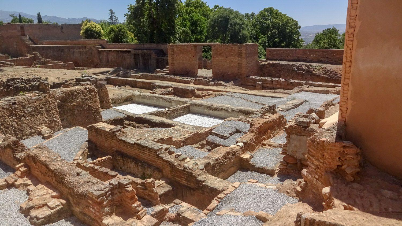 Руины в Альгамбре