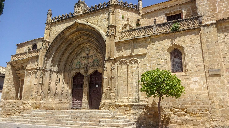 Iglesia de San Pablo, одна из самых старых церквей Убеды. Можно бесплатно попасть внутрь, но только перед мессой