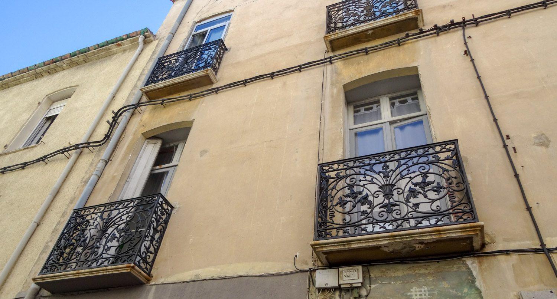 Наверное, в каждом французском городе есть красивые решетки на балконах