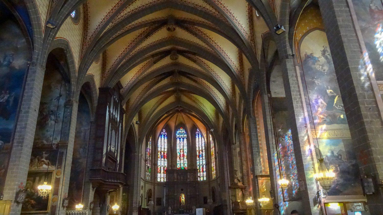Собор св. Иоанна, строительство которого началось аж в 1324 году! Очень красивый внутри, необычный снаружи