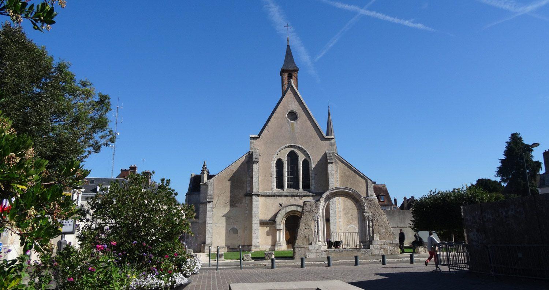Eglise Sainte-Foy также участвует в ночном световом шоу