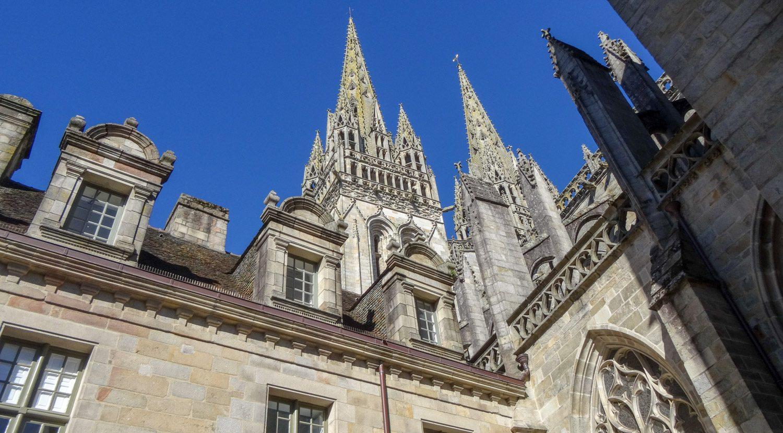 Собор с другого ракурса. Построен он был в XV веке