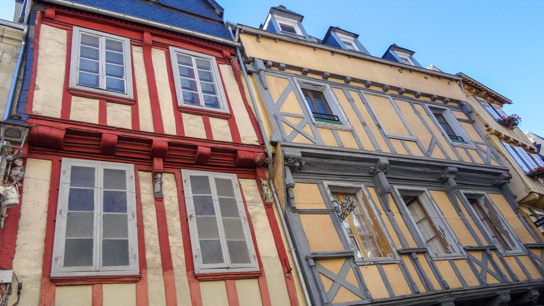 Фахверковые дома на севере Франции встречаются часто