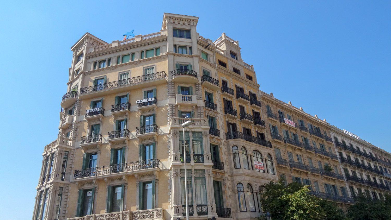 Около площади Каталонии