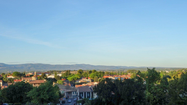 Вид на нижний город