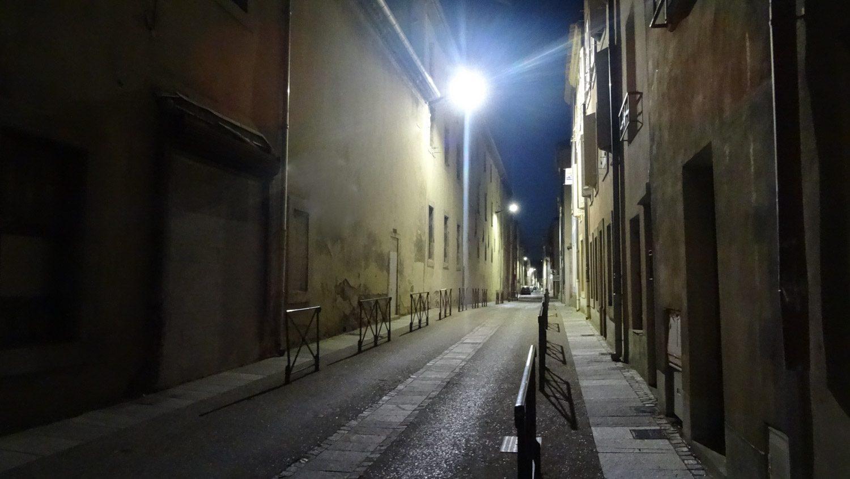 Нижний город по вечерам почти пустой