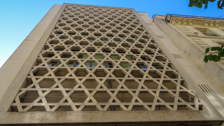 В квартале Марэ расположен Мемориал жертвам геноцида евреев