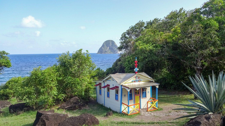 А поодаль - Maison du Bagnard, домик бывшего каторжника, который тот построил, переехав на Мартинику из Гайаны
