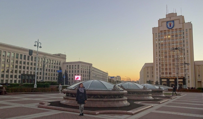На площади