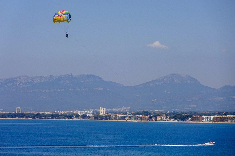 Можно полетать над Средиземным морем