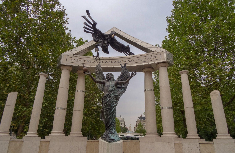 Памятник немецкой оккупации Венгрии