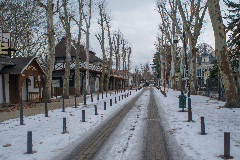 Кажется, что город абсолютно пустой