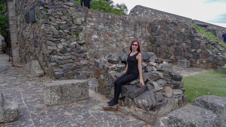 На древних ступеньках