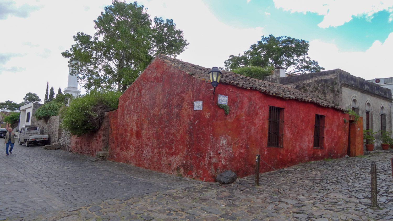 И очередной очень старый дом