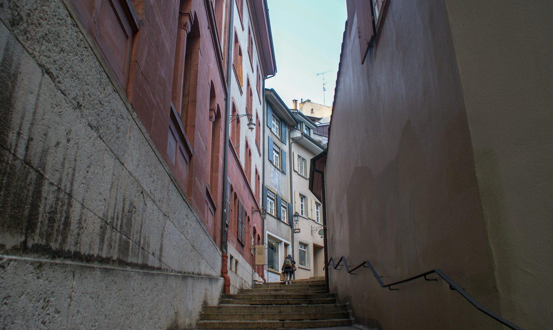 Около ратуши много лестниц