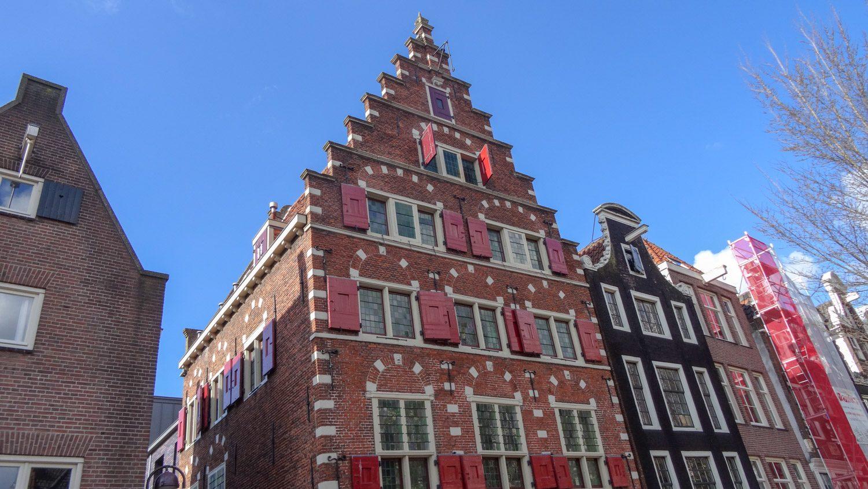 Амстердам типичный
