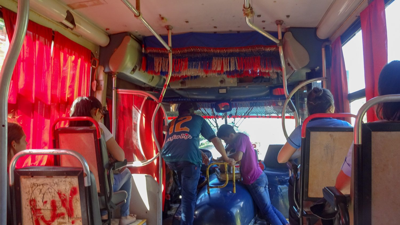 Автобус в Hernandarias