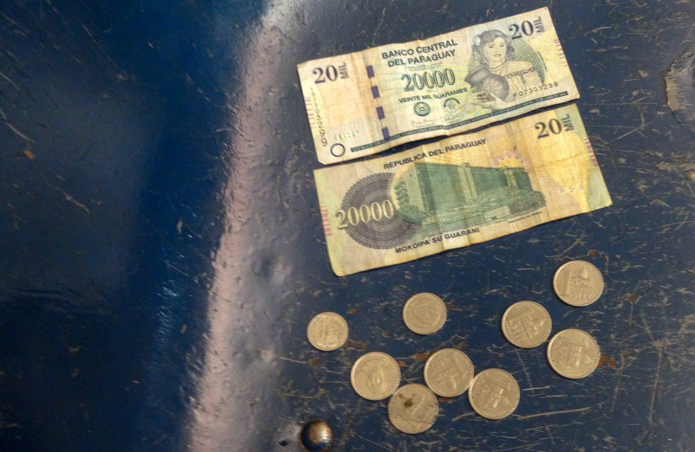 Местные деньги - гуарани