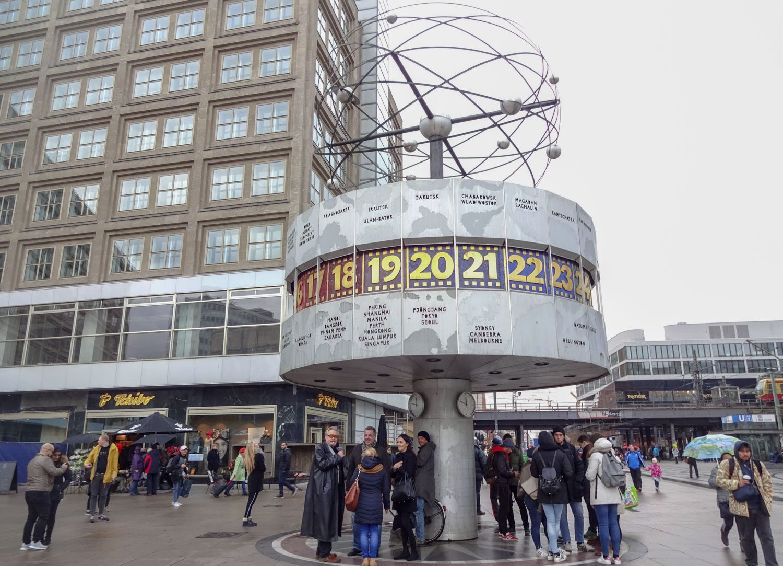 Alexanderplatz. Часы всемирного времени