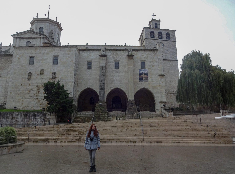 У кафедрального собора Сантандера