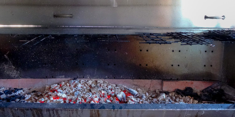На свежем воздухе приготовят мясо или рыбу