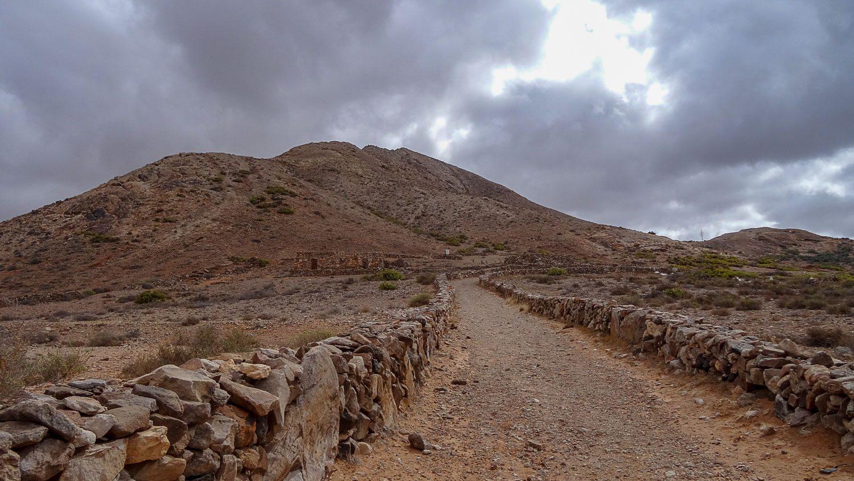 Дорога к горе
