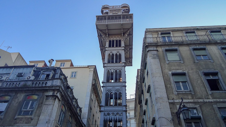 Знаменитый лифт Санта-Жушта