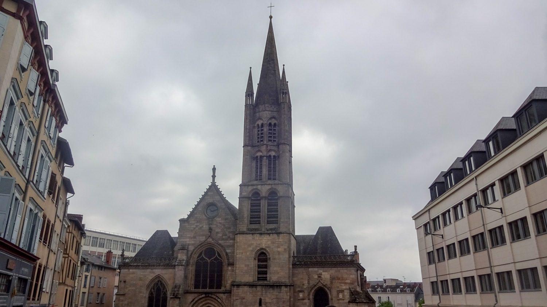 Église Saint Pierre de Queyroix
