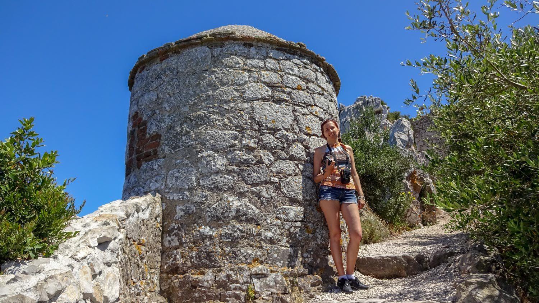 Каменная башня