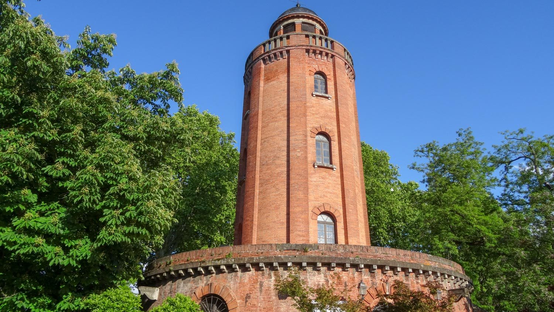 Водонапорная башня, построенная в XIX веке