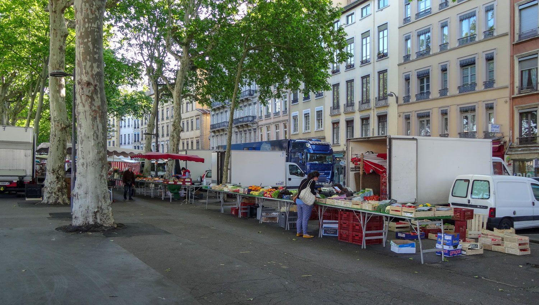 Утренний рынок