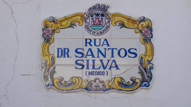 Симпатичные таблички на домах - португальская традиция
