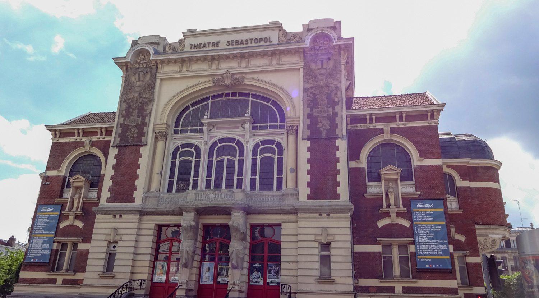 Французы считают, что взяли Севастополь во время осады 1884–1885 гг. и в честь этого назвали театр