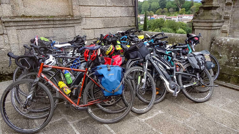 На велосипедах тоже проходят путь Сантьяго