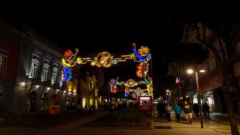 Улицы украшены ко Дню Святого Иоанна