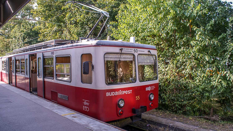 Трамвай номер 60