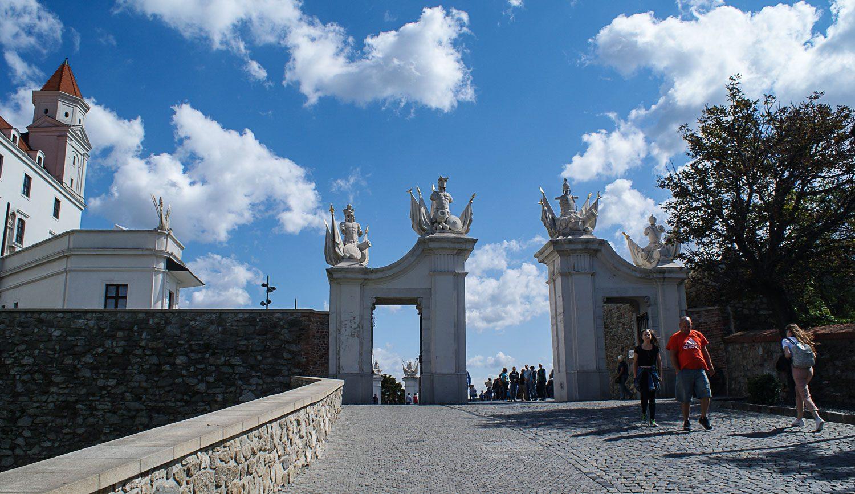 Вход через Венские ворота