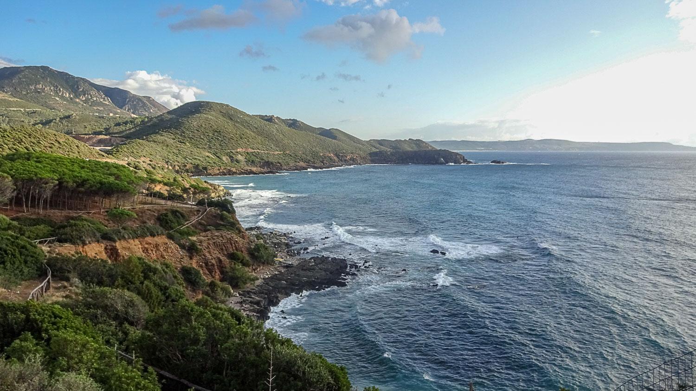 Красивая береговая линия Сардинии