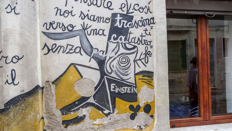 Фрески в Оргозоло в основном выражают протест