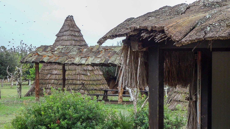 Реконструкция деревни времен неолита