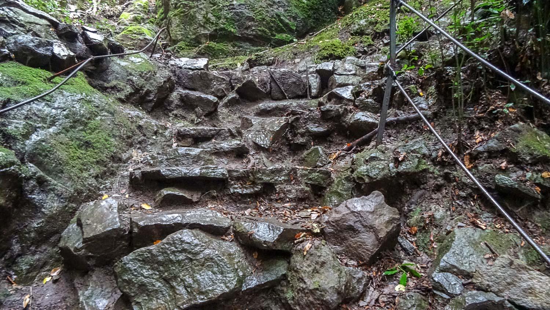 А где-то нужно идти по камням