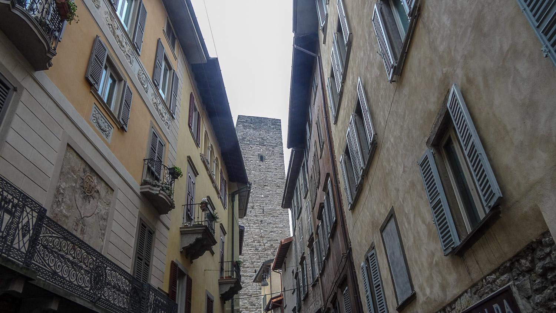 Башня Адальберто